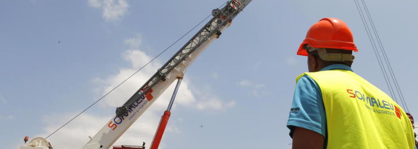 Mobile Cranes Rental